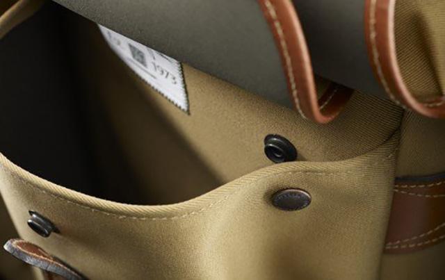 Billingham Hadley Small Review - Front Dump Pockets