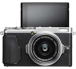 Fuji X70 Street Photography Review - Articularted LCD