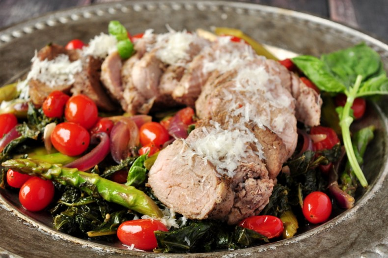 Baked pork tenderloin served over a warm kale and asparagus salad, this is afancy-lookingbut simple meal that can totally brighten up your busy workdays without too much time or effort in the kitchen. If you have any leftovers, plan to roll them up in a tortilla for a quick and easy lunch.