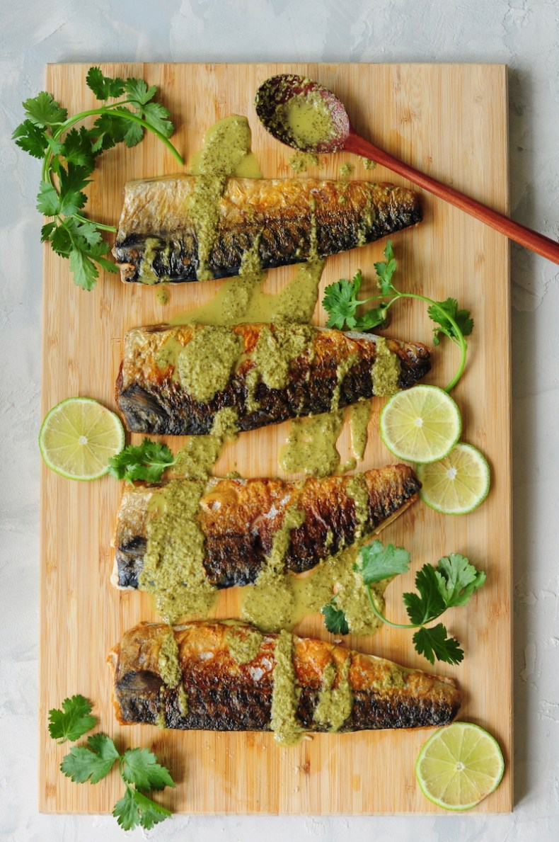 30-minute sous vide mackerel recipe with perfectly tender meat and crispy skin. Drizzled with a homemade spicy cilantro lime dressing, it makes a quick and easy workday dinner.