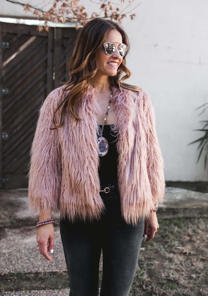 Valentines Links + a $500 Nordstrom Giveaway//Theory Elstana 2 Cody Faux Fur Coat//Arden Bodysuit by Privacy Please//Rag & Bone Steele Capri Jeans//Valentino Rockstud Slingback//Gucci Leather Skinny Horsebit Belt//Dallas Fashion Blogger/ /Tiffany Davros//