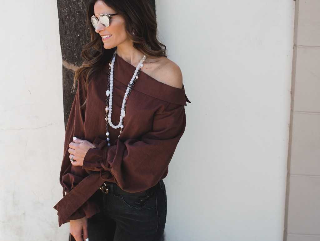 New 'Street Edit' Featuring Some Rad Rag & Bone Jeans// Dallas Fashion Blogger// Tiffany Davros// Rag & Bone Distressed Capri Jean// Storets Gina One Shoulder Top// Christian Louboutin Pump// Gucci logo belt// Harper Hallam Jewelry// Dior so real brow bar sunglasses