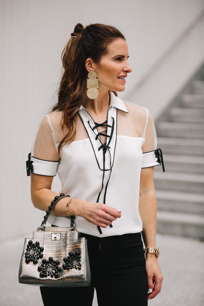 Anne Fontaine: Classics With An Edgy Elegance// Dallas Style Blogger// Anne Fontaine Calvina Top// MARION PARKE Black Lisa Sandal// Frame Le Skinny Staggered Hem Jeans// Thale Blanc Emma Handbag// Annie Costello Brown Popova Earrings// Coordinates Collection Bracelet