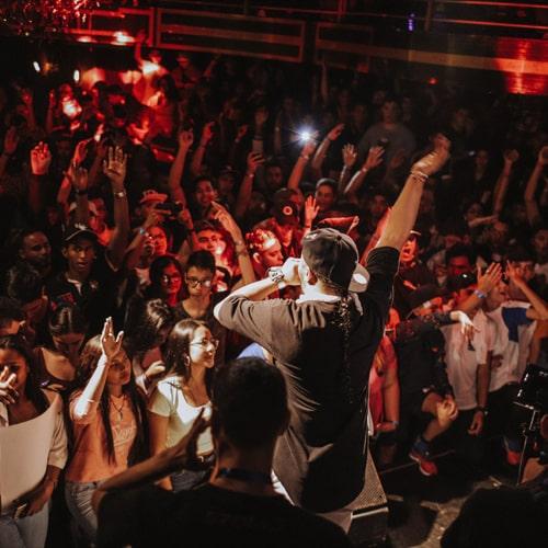 Aye - Bouncy Rap Beat