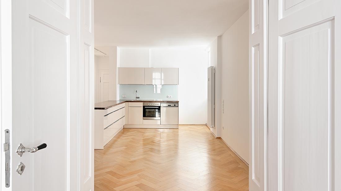 Mnchen  Schwabing  Elegante 4ZimmerAltbauwohnung im GrnderzeitHaus  Streifzug Media