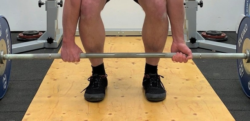 Deadlift with mixed grip