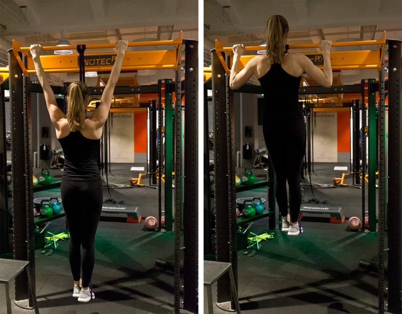 Using rubber bands for pull-ups 2