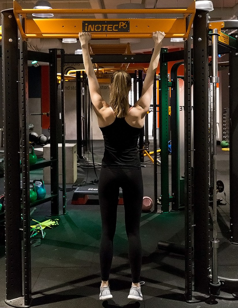 pull-ups starting position