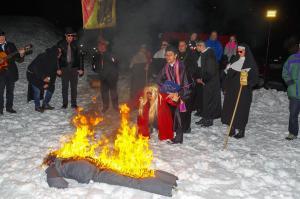 Celodnevne žalne slovesnosti in pokop Pusta