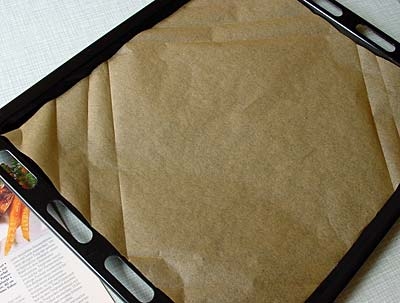 Ecken diagonal falten - fold the corners diagonally