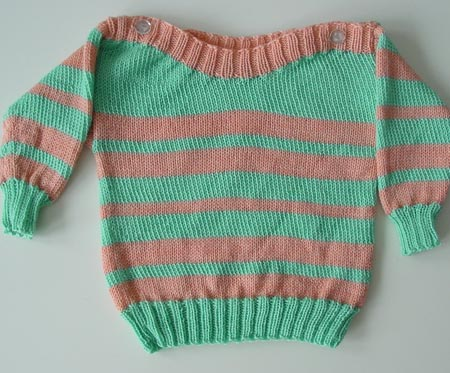 Babypulli aus Sockenwollresten