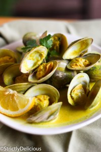 Coconut Curry Drunken Clams via StrictlyDelicious