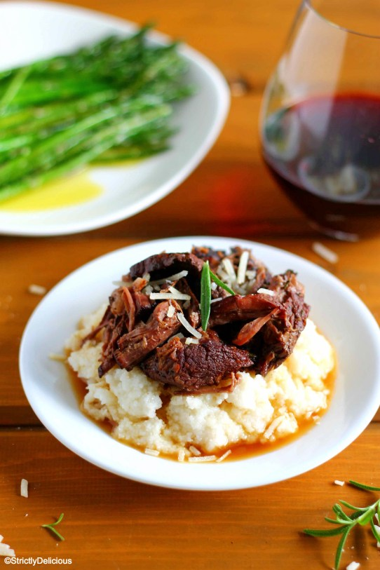 Crockpot Chianti Short Ribs via StrictlyDelicious