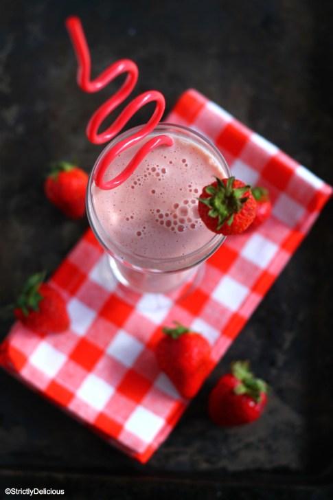 Roasted Strawberry Vanilla Yogurt 'Milkshake' via StrictlyDelicious