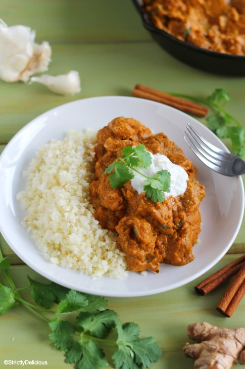 Crockpot Pumpkin Chicken Tikka Masala with Cauliflower Rice | StrictlyDelicious.com