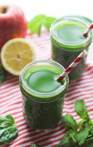 Love Your Body Green Juice | StrictlyDelicious.com