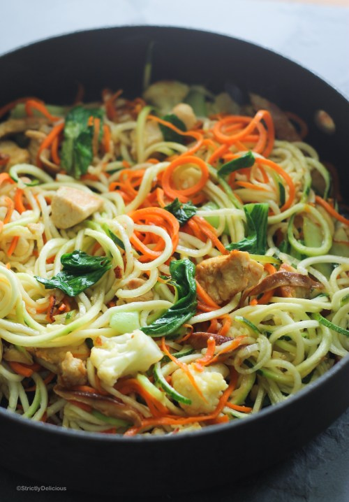 One Pot Chicken Zoodle Stir Fry | StrictlyDelicious.com