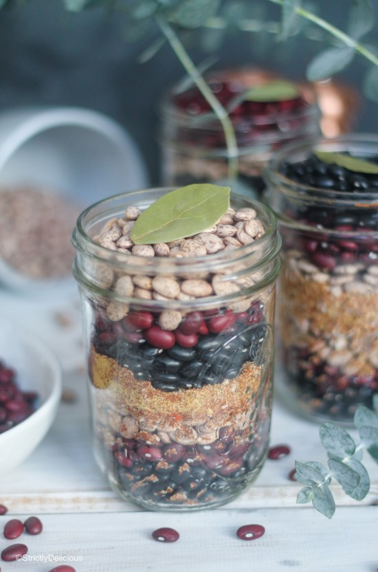 Spicy Three Bean Soup Kits | StrictlyDelicious.com