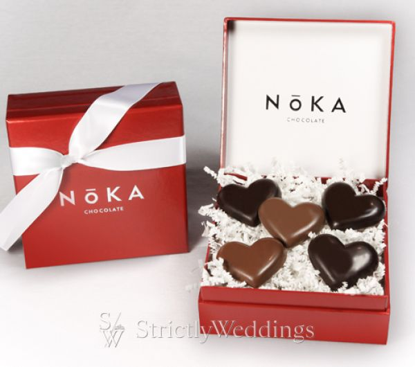 https://i0.wp.com/www.strictlyweddings.com/blog/wp-content/uploads/2010/02/5-PC_NOKA-Chocolate-2010_final.jpg