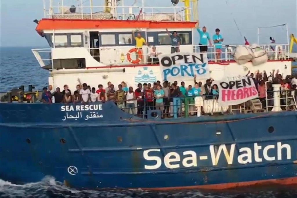 """Marziale: """"Io e Falcomatà disponibili ad accogliere minorenni della Sea  Watch """" - strill.it"""