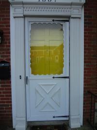 Crossbuck Storm Door & Post-9518-0-53651700-1429623772 ...