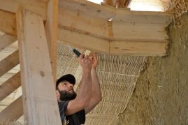 Straw Bale Roundhouse Workshop
