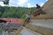 strawbalehouse-ernstbrunn-roof-infill-78