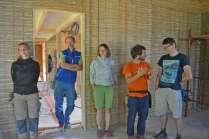 strawbalehouse-summerau-clayplaster-5