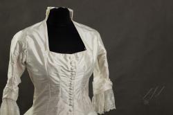 Suknia ślubna 1880r-1