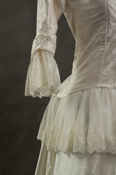 Suknia ślubna 1880r-2