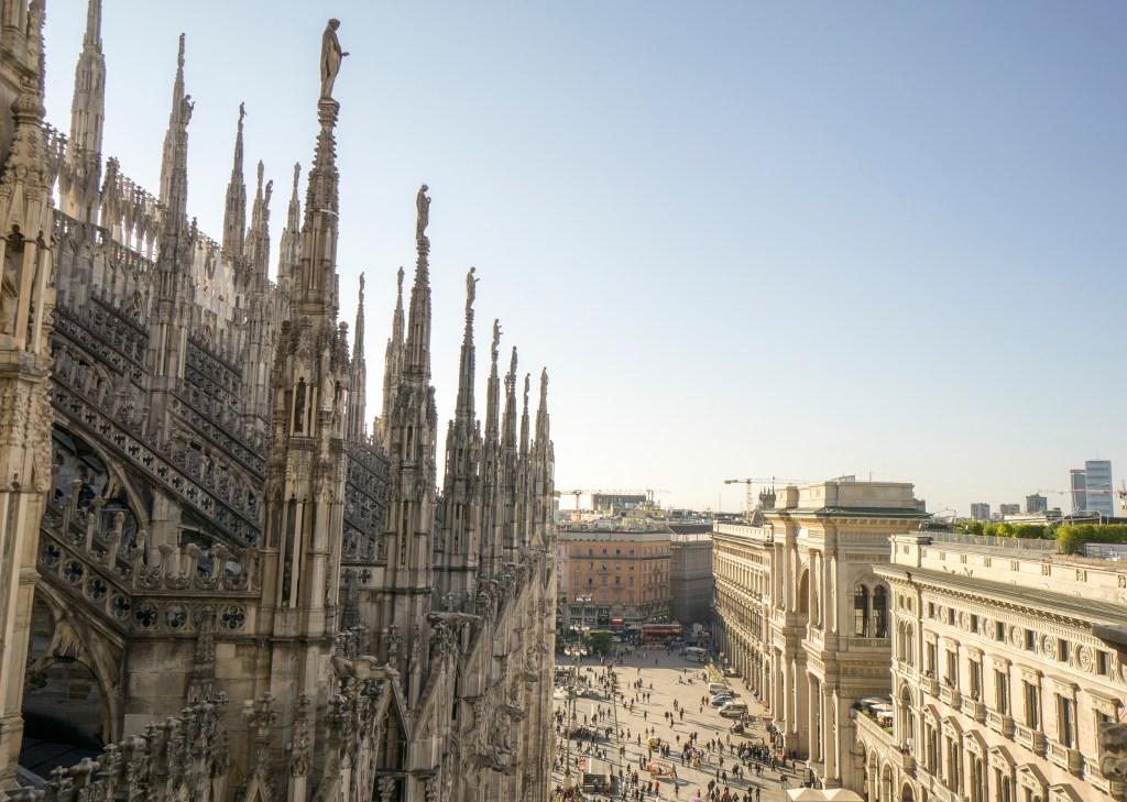 sightseeing Milan Duomo rooftop