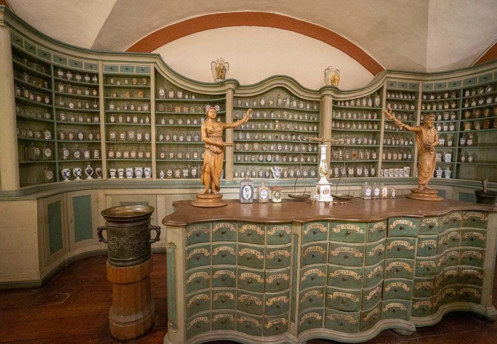 Inside the German Apothecary Museum