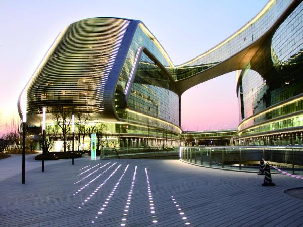 LED Lighting Project   Shanghai Sky SOHO   StrongLED