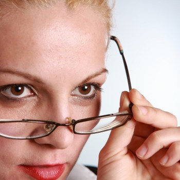 vrouw met bril