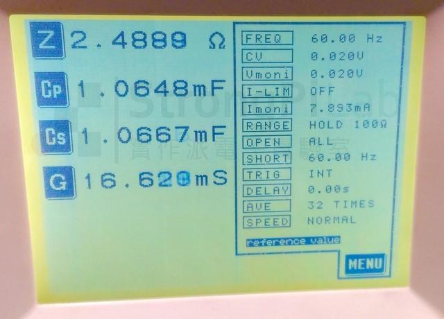 正常的新品電容1000uF