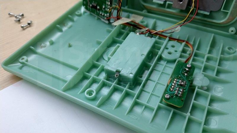 原來電池簧片還有一個折彎的角