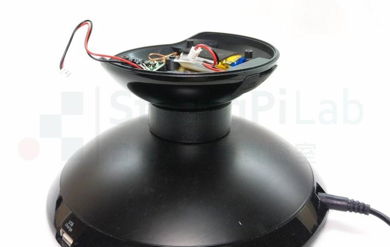 固定住喇叭方便測量電壓
