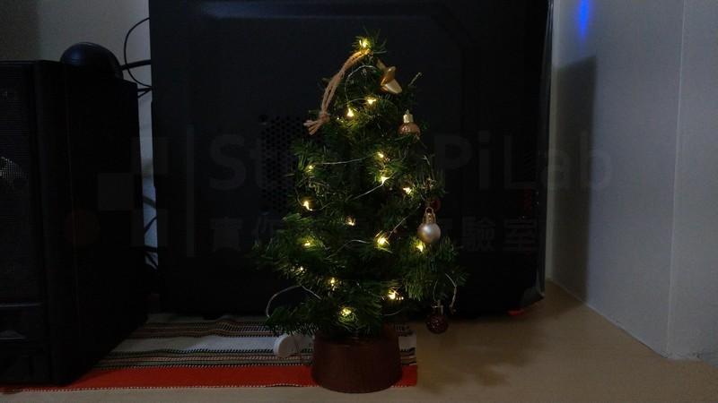 聖誕樹重見光明