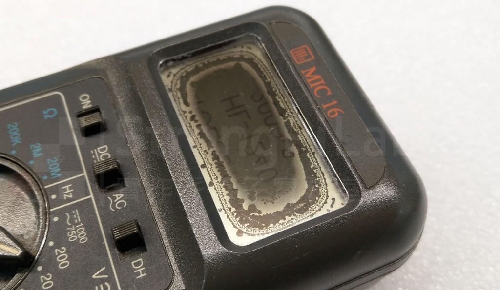 三用電表的 LCD螢幕變黑