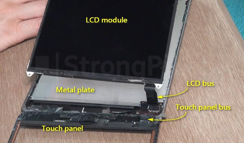 iPAD螢幕 排線接頭位於金屬板下方