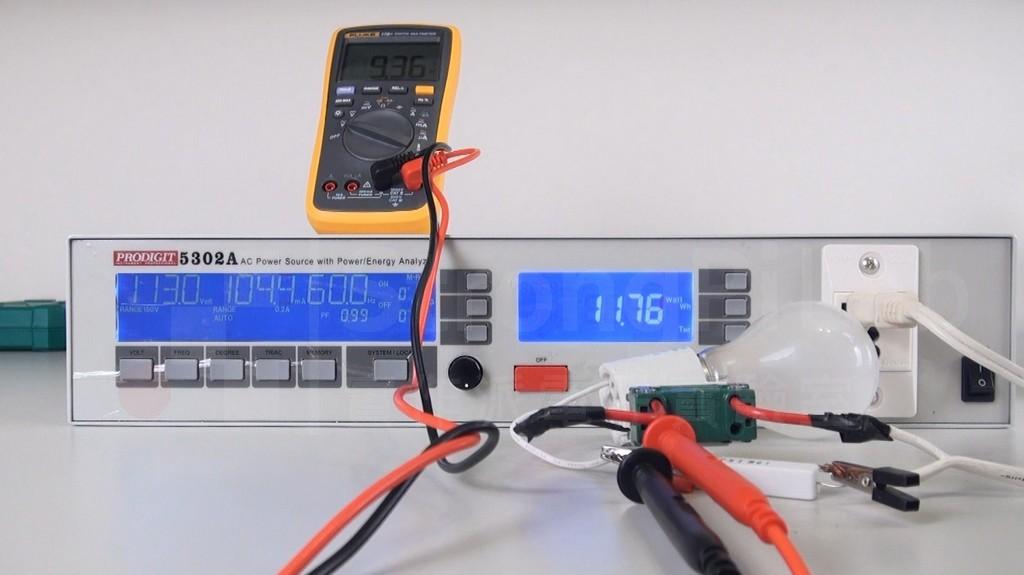 串接電阻降低燈泡電壓