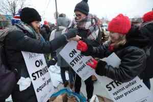 Chicago charter school strikers win
