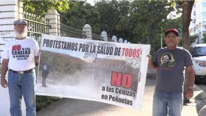 Puertorriqueños combaten tóxicas cenizas de carbón