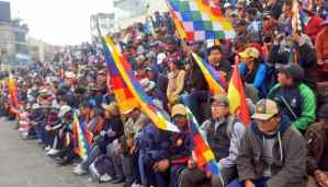 In the midst of violent repression, Bolivian demonstrators reject the coup