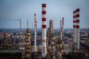 Trump seeks war on Iran to save U.S. fracking industry