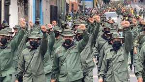 Venezuelan soldiers pay tribute to Commander Hugo Chavez