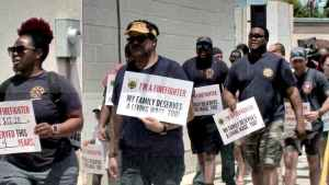 New Orleans firefighters turn up the heat, march on City Hall