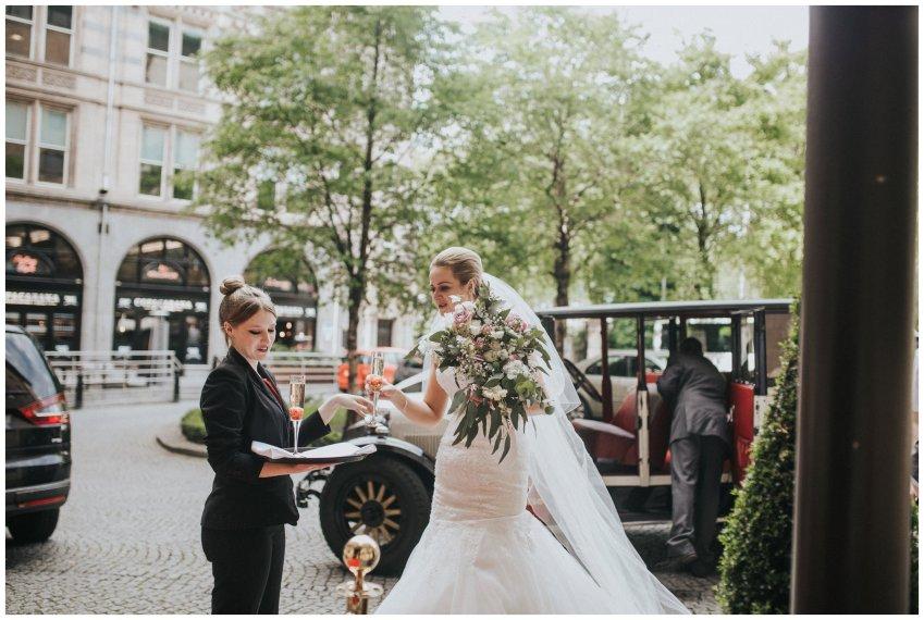 Liverpool Wedding Photographers_0117.jpg