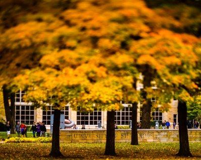 Students walk along Sabo Plaza. (Photo by Mike Ekern '02)