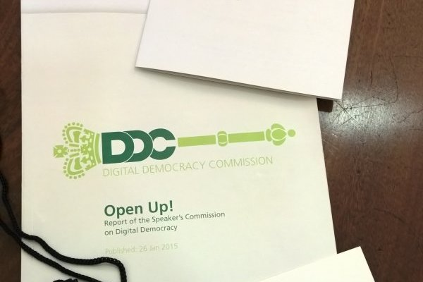 Best Practice Guide for MPs Using Twitter for Open Up! - Speaker's Commission on Digital Democracy 4